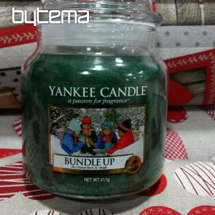 sviečka YANKEE CANDLE vôňa Bundle up - Nabalte se